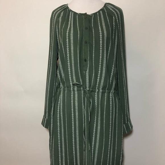 GAP Dresses & Skirts - NWT GAP GREEN DRESS